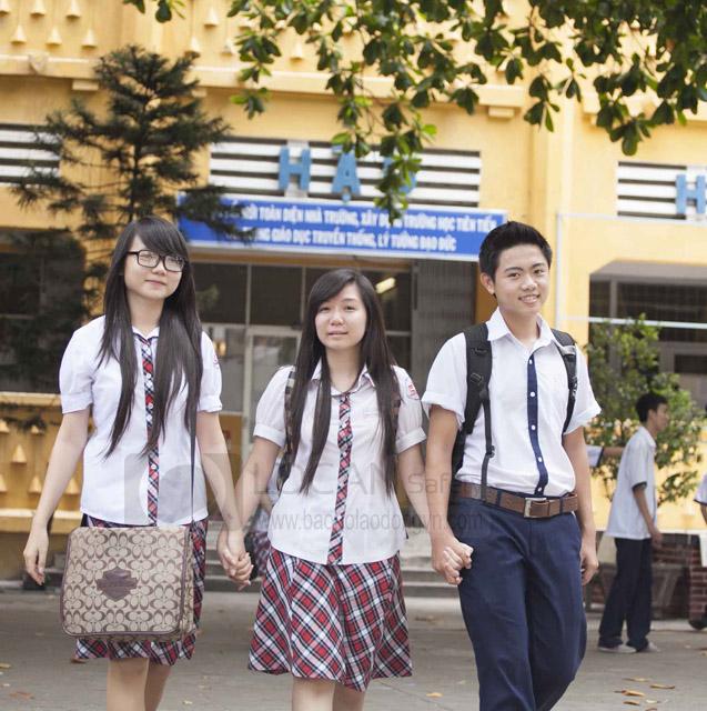 Đồng phục học sinh Lộc An đẹp