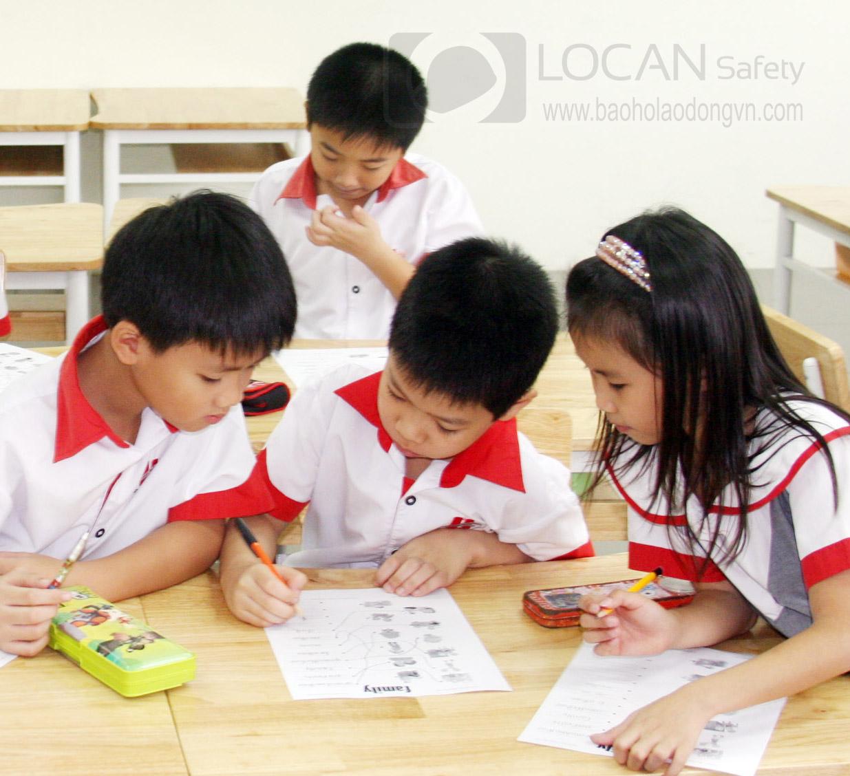Đồng phục học sinh Lộc An